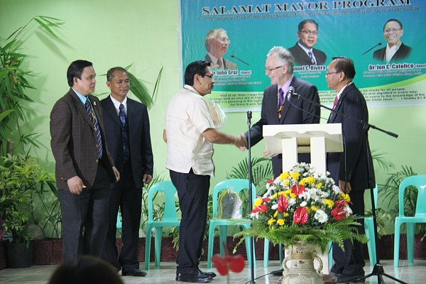 """I know that there lies more to do in this city to make it a better place to live in and this event inspires me to do much more,"" said Mayor Ronnel C Rivera of General Santos City after receiving a Plaque of Appreciation during a Thanksgiving banquet held for him at the headquarters of the Church in Southern Mindanao. [Photo courtesy of Southern Mindanao Mission]"